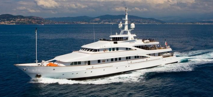 Luxury Crewed Yacht Charter Alaska - caliberyacht
